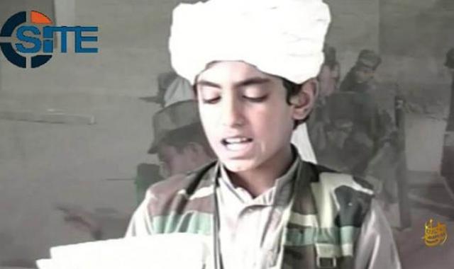 Женщина, позже опознанная как жена Абрара, была также застрелена. 22-летний сын бен Ладена бросился к SEAL на лестнице главного дома и был убит второй командой. Неназванный высокопоставленный представитель США сообщил, что только один из пяти убитых был вооружен.
