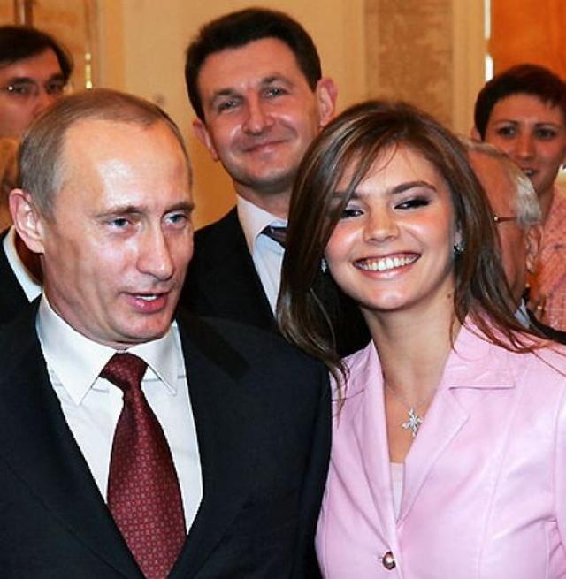 Отдельной темой для обсуждений в СМИ стал мифический роман Кабаевой и президента Владимира Путина.