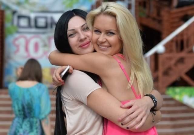Анастасия Полетаева, 31 год. На проекте пробыла 48 дней. В июне 2014 года она пришла строить любовь с Никитой Кузнецовым, но не вышло.