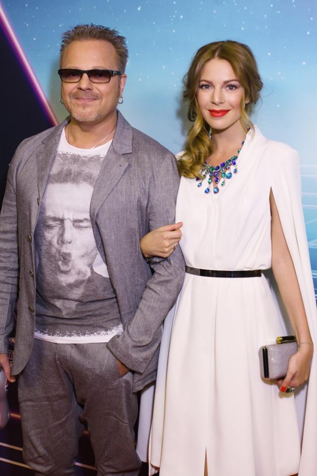 Одна из самых крепких и счастливых пар российского шоу-бизнеса – Владимир Пресняков младший и Наталья Подольская – вместе уже более десятка лет.