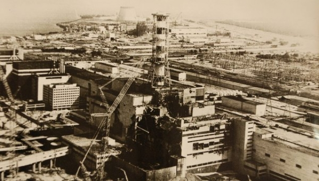 Загрязнению подверглось более 200 тыс. км², из них примерно 70 % на территории Белоруссии, России и Украины. Радиоактивные вещества распространялись в виде аэрозолей, которые постепенно осаждались на поверхность земли.