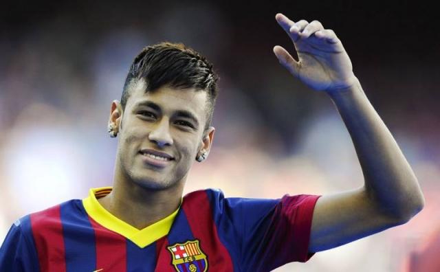 После этого футболист увлекся несколькими моделями, но ни к чему серьезному это не привело.