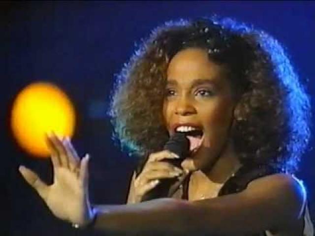 Всего за свою музыкальную деятельность певица записала 7 студийных альбомов, каждый из которых имел неописуемый успех.