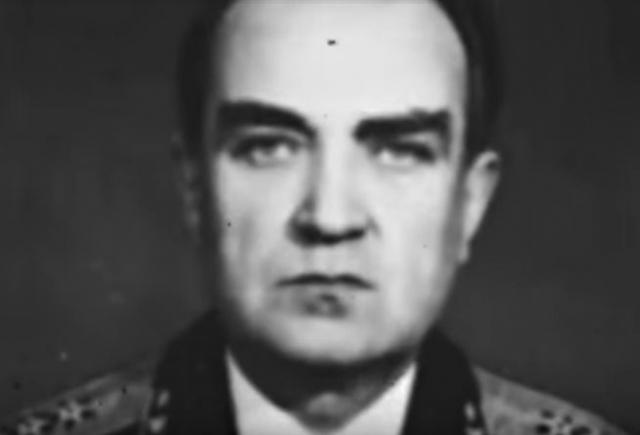 Адмирал Эмиль Спиридонов успешно возглавил флот в очень трудный момент, когда на вооружение были взяты атомные подводные лодки и принципиально новая техника.