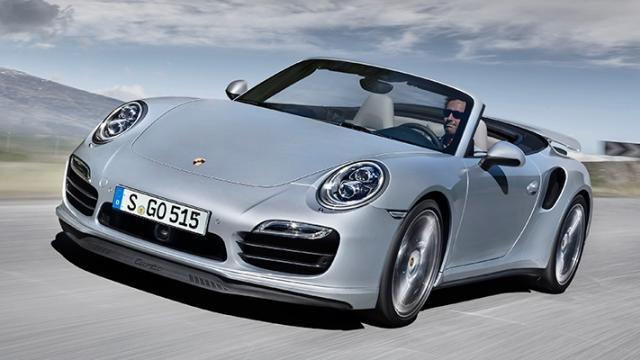 Porsche 911 - $2 000 000. Машина построена на базе гоночной модели 911, сильно расширенной и удлиненной. Машина оснащена невероятно мощными 8 поршневыми тормозами.