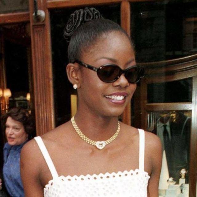 Венди Фитцвилльям, Тринидад и Тобаго. «Мисс Вселенная — 1998». 25 лет, рост 183 см.