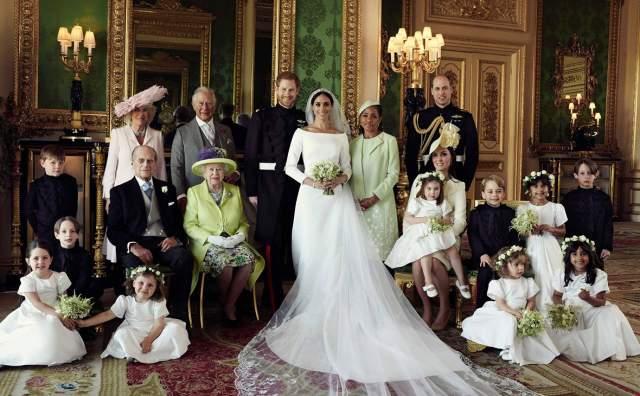 На свадьбе было более 600 человек, а если учесть тех, кто следил за церемонией с помощью онлайн трансляций, то и все миллионов десять.