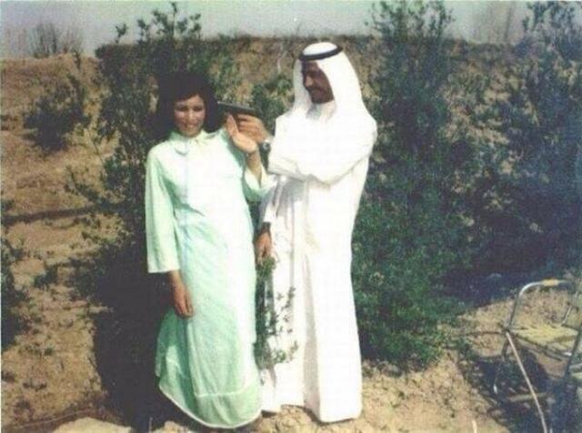 Саддам Хусейн - известный иракский диктатор. На фото: юный Саддам еще с молодости имел веские аргументы нравится женщинам