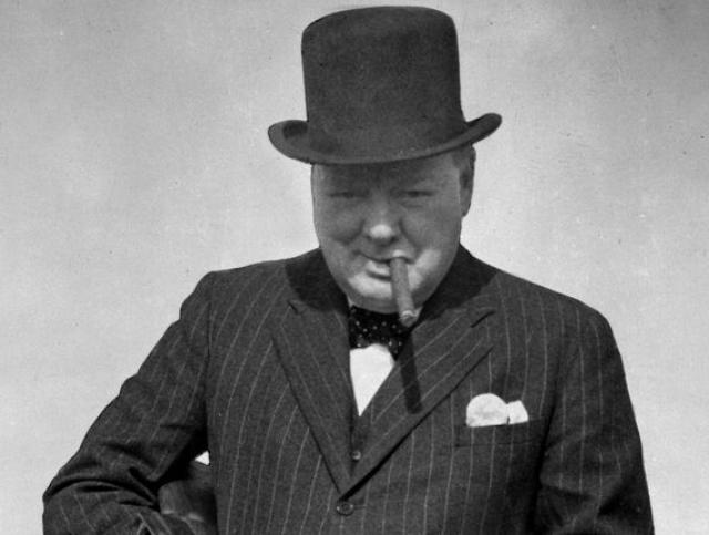"""Однако, и соотечественников Черчилль радовал """"добрым словом"""": """"Лучший аргумент против демократии – пятиминутная беседа со средним избирателем"""" ."""