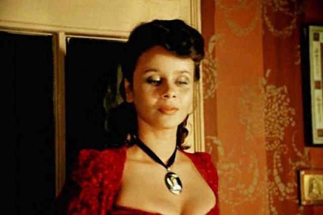 В 1979 году Любовь Полищук перешла в труппу Московского театра миниатюр. Здесь по-настоящему раскрылся ее драматический актерский талант.