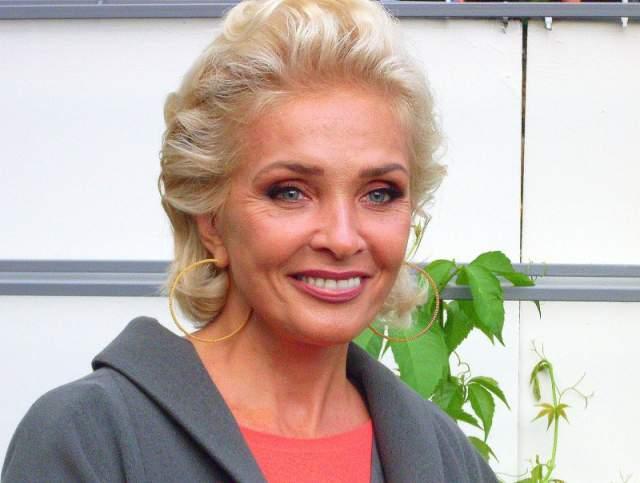 Лайма Вайкуле. 64 года. Замужем за Андреем Латковским, с которым состояла в гражданском браке долгое время.
