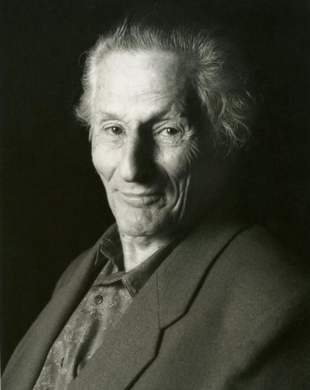 Кстати, прожил любитель психоделиков насыщенную долгую жизнь и скончался в возрасте 86 лет на Гавайях.