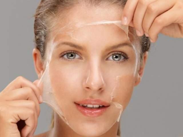 В среднем в период от рождения и до достижения 70 лет человек сбрасывает около 50 кг кожи.