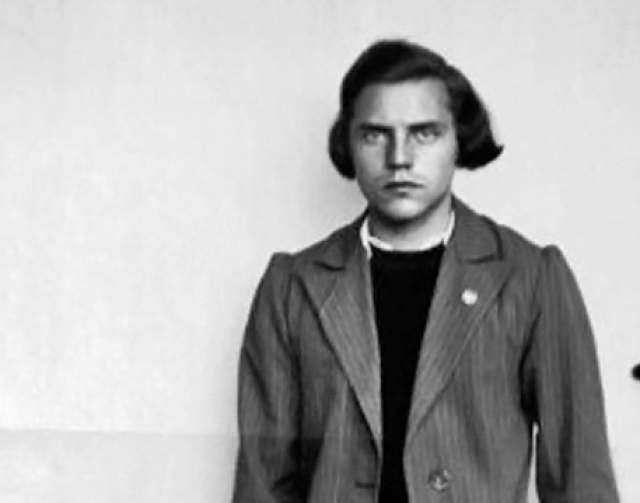 Дора Ратьен (Генрих Ратьен). 1918-2008. Германия. Легкоатлетка, заняла 4 место по прыжкам в высоту на Олимпийских играх 1936 года в Берлине, будучи формально женщиной.