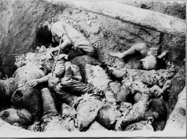 Началась охота на национальные меньшинства Кампучии, в том числе и на китайцев и вьетнамцев, большинство которых было изгнано или уничтожено.