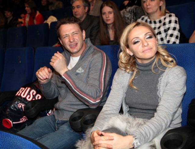 По неким причинам прочных отношений у актера и фигуристки так и не получилось. В результате Башаров и Навка расстались.
