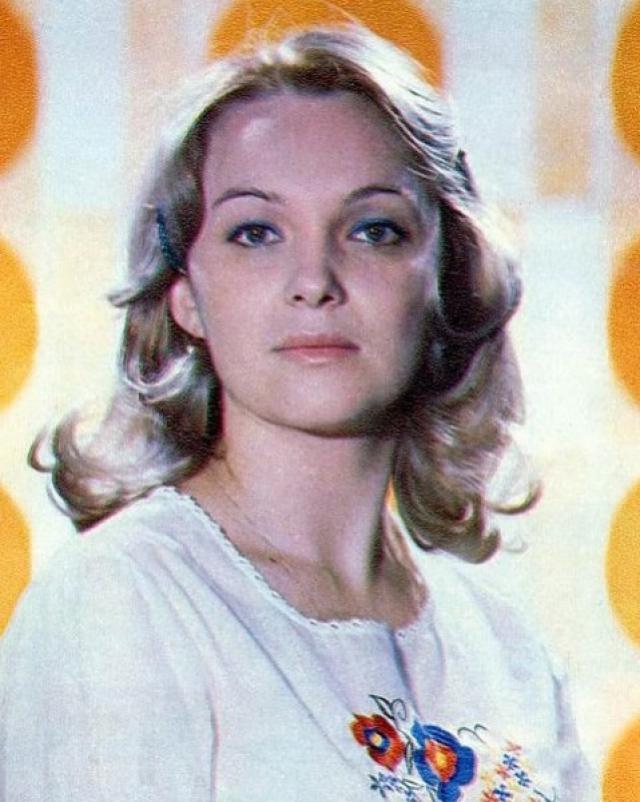 С Галей, несостоявшейся невестой главного героя, тоже было непросто. На ее роль пробовалось несколько актрис, в частности, Наталья Гвоздикова.