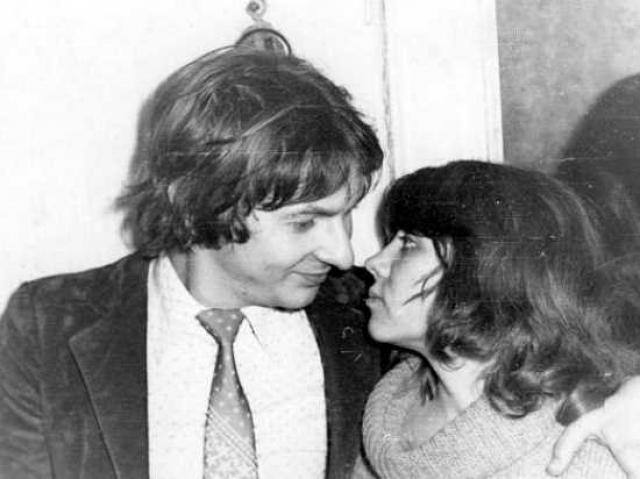 Майк Науменко. С единственной женой Натальей музыкант прожил 10 лет. От этого брака есть сын Евгений.