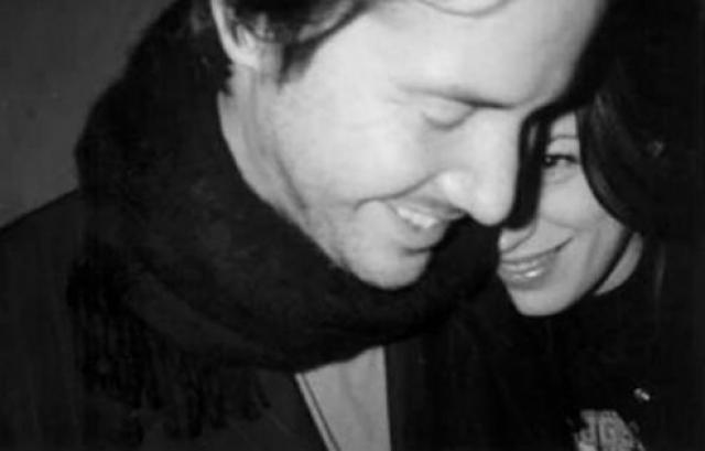 Киану Ривз никогда не был женат, однако в декабре 1999 года у него и его подруги, киноактрисы Дженнифер Сайм должна была родиться дочь.
