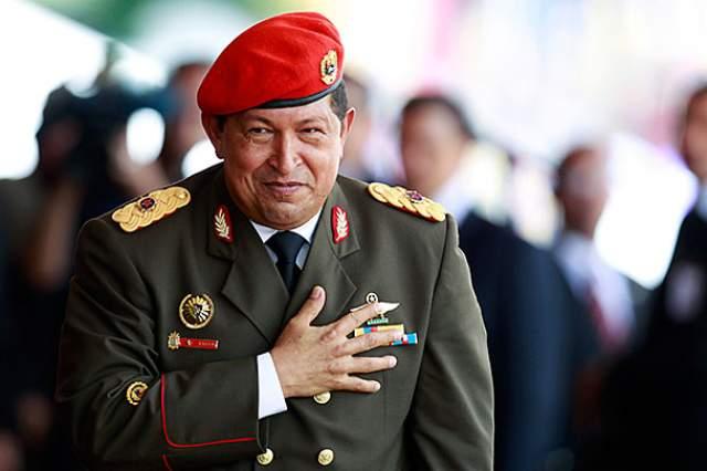 Всего таких операций было несколько, тем не менее он до последнего выполнял свои обязанности руководителя государства. Из поля зрения венесуэльцев Чавес исчез в феврале 2013 года, а 5 марта его не стало..
