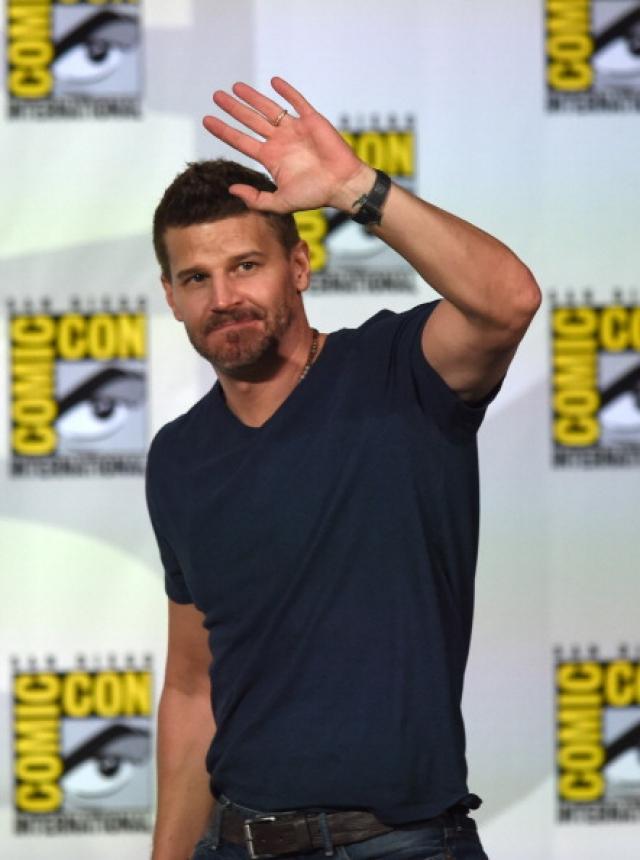 """Популярности актер не утратил и сегодня - он играет одну из главных ролей в сериале """"Кости""""."""