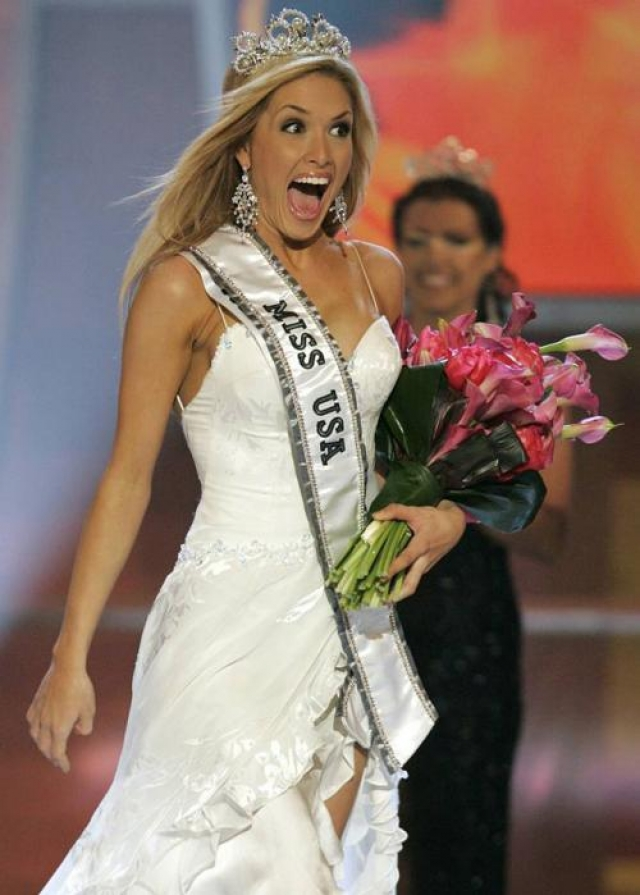 """Тара Коннер из штата Кентукки, которая стала """"Мисс США-2006"""", тоже чуть было не лишилась титула, когда переехала в Нью-Йорк, где начала вести разгульный образ жизни."""