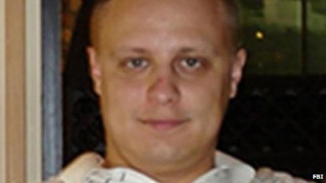 Евгений Богачев. Против 30-летнего россиянина и его сообщников, обвиняемых в мошенничестве, похищении личных данных и отмывании денег, заведены в США три дела, одно гражданское в Пенсильвании и два уголовных, в Пенсильвании и Небраске.