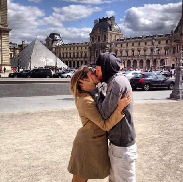 Тереза Палмер и ее муж Марк Уэббер накануне венчания побывали в самом романтичном городе мира - Париже. Пара в браке с 2013 года и воспитывает троих детей.