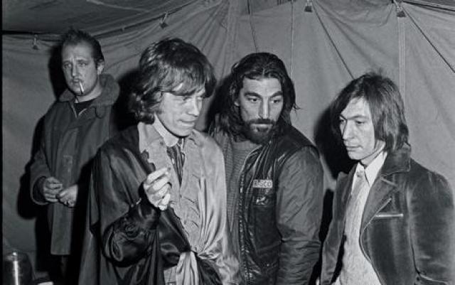 """Солист рок-группы """"Ролинг Стоунз"""" Мик Джаггер едва не стал жертвой целого заговора: в 1969-м году на музыканта готовилось покушение, и только счастливая случайность спасла его жизнь."""