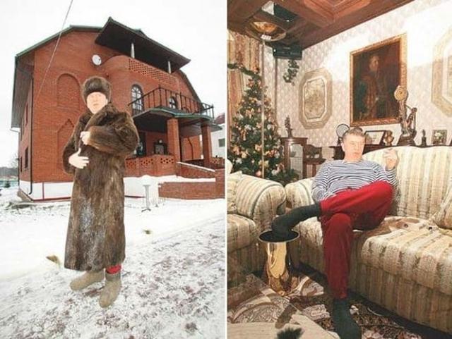 """Жириновского можно было заметить и в нарядах в стиле """"А тем временем где-то в России"""" - в норковой шубе или в тельняшке с красными """"шароварами""""."""