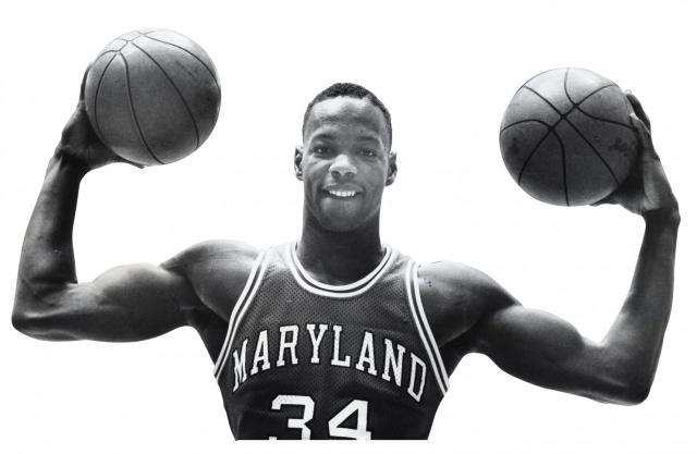19 июня Байас с отцом прилетели в Бостон на традиционное представление игроков - там же баскетболист подписал рекламный контракт с фирмой Reebok на $3 млн и вернулся в Мэриленд.