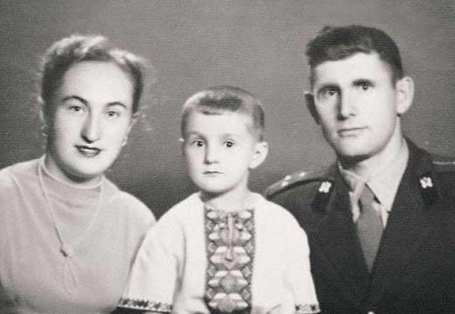 """Цыплёнок табака"" Леня Ярмольник ."