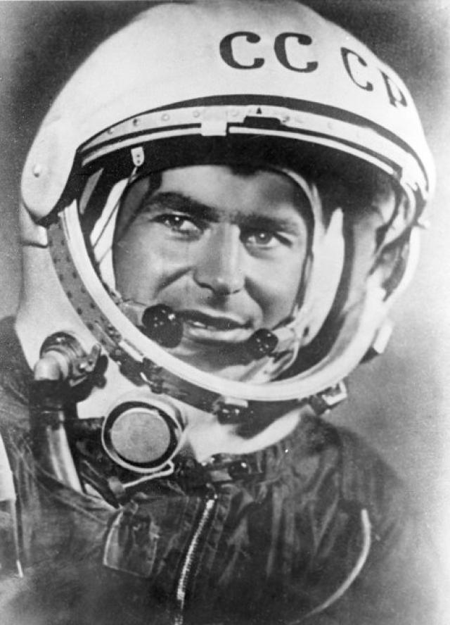 Герман Титов стал вторым человеком, побывавшем на орбите Земли: он провел 25 часов в космосе, причем стал первым человеком который спал, находясь на орбите. Космонавту во время полета было всего лишь 25 лет, он остается самым молодым человеком, который когда-либо выходил в космос.
