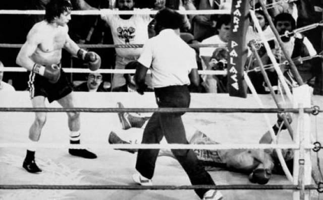До встречи с Манчини имя Кима было почти неизвестно. Он имел хороший послужной список боев, нет среди его жертв не было приметных оппонентов. Заняв 1-ю позицию в рейтинге легкого веса по версии WBA, Дук стал официальным претендентом на принадлежащий Манчини мировой титул.