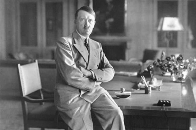 """14 июля 1944 года британские спецслужбы собирались провести операцию """"Фоксли""""."""