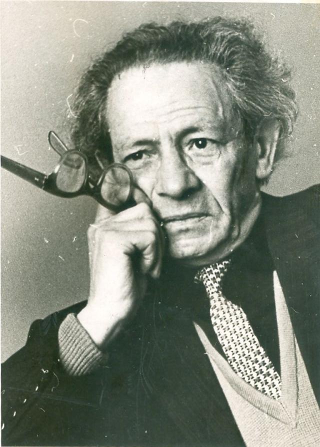 Вольф Мессинг. Иллюзионист, психолог и ясновидящий получил советское гражданство в 1939 году.