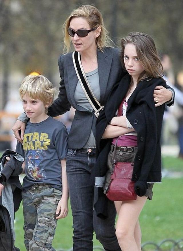 В 2007-2014 годах Ума состояла в фактическом браке с финансистом Арпадом Бюссоном. В этих отношениях Турман родила своего третьего ребенка и вторую дочь - Розалинд Арушу Аркадину Алталун Флоренс Турман-Бюссон.
