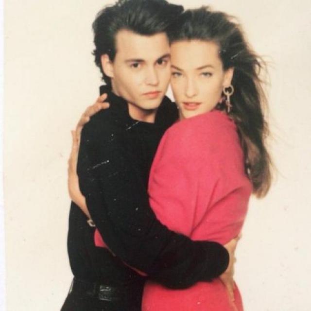 Еще более мимолетным увлечением Джонни была супермодель 90-х немка Татьяна Патитц .