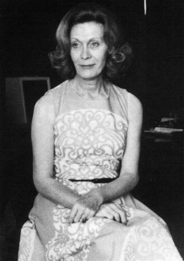 """После смены пола в 70-х годах, Анжела стала успешным композитором и дирижером, получив целых три премии """"Эмми""""."""