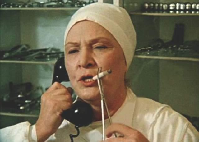 Кого бы ни играла Маркова, это была в первую очередь сильная женщина. Бой-баба, Железная леди, Родина-мать — какие только эпитеты не придумывали для Марковой!
