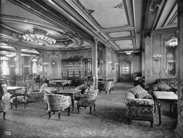 """В первом классе """"Титаника"""" в путешествие за океан отправились многие известные люди того времени, представители высшего общества."""