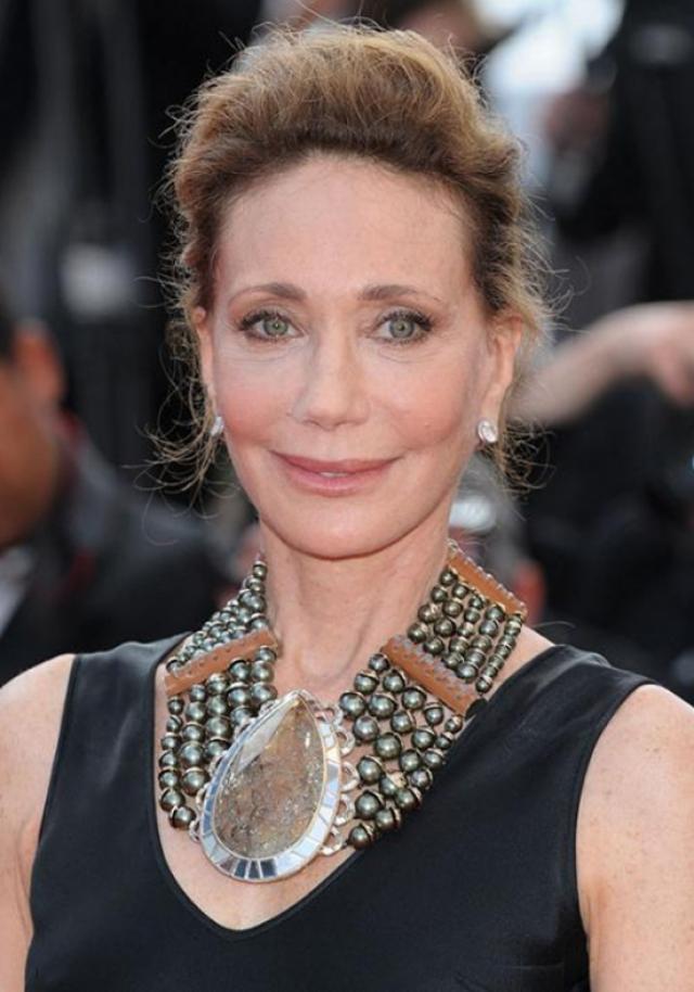 """В 70-х также снималась в кино. Сейчас 69-летняя модель на пенсии вновь ворвалась в киноиндустрию. Одна из ее последних ролей – в фильме 2010 года """"Я – это любовь""""."""