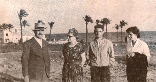В Аргентине он стал советником по безопасности Эвиты и Хуана Перонов, но 10 апреля 1957 в Ломасе-дель-Паломаре на него было совершено покушение: югославские эмигранты подкараулили Павелича вечером у его же дома и начали стрелять.