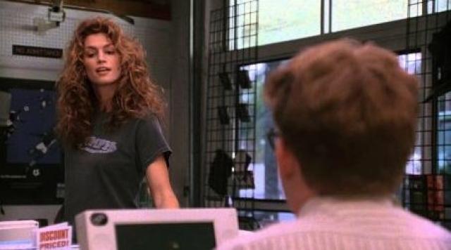 Несмотря на полный провал в прокате, зрители запомнили очаровательную Синди в роли женщины-адвоката Кейт Маккуин.