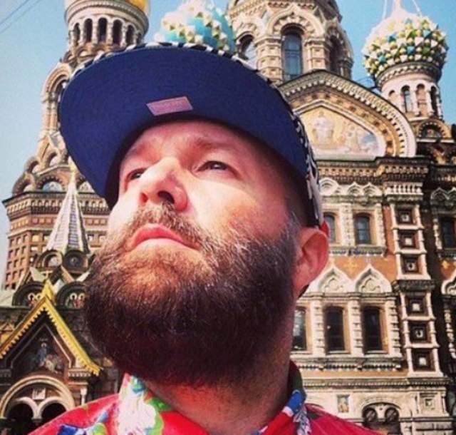 2015 год, Фред Дерст, женатый, кстати, на россиянке, приехал в Россию на гастроли.