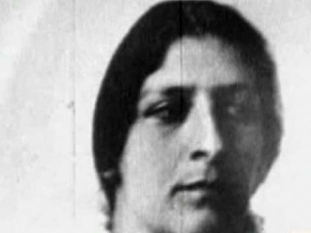 С советских времен существовала легенда, согласно которой Фанни Каплан не была расстреляна; существует несколько противоречивых версий о том, как ей удалось избежать расстрела и о ее последующей жизни.