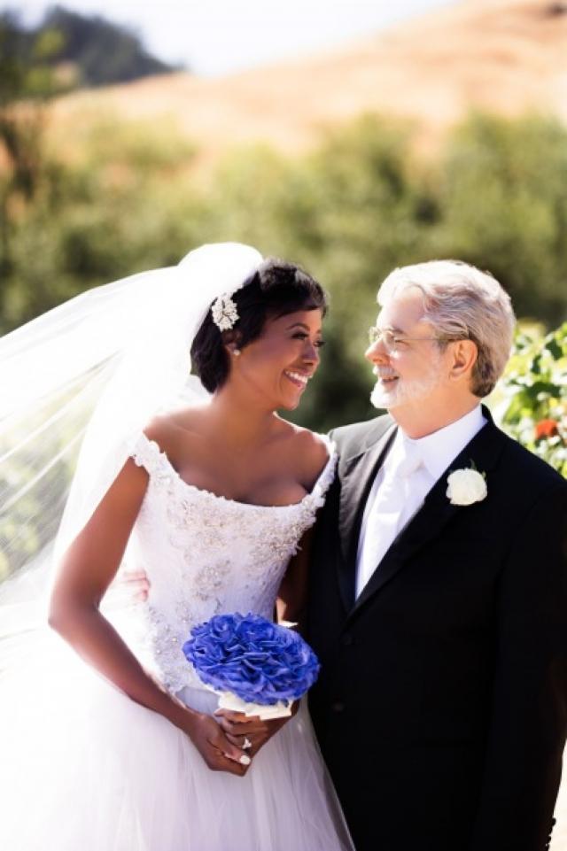 Для режиссера это второй брак. Меллоди Хобсон является главой совета директоров Dream Works Animation. В 2013 году она родила ему дочь Эверест.