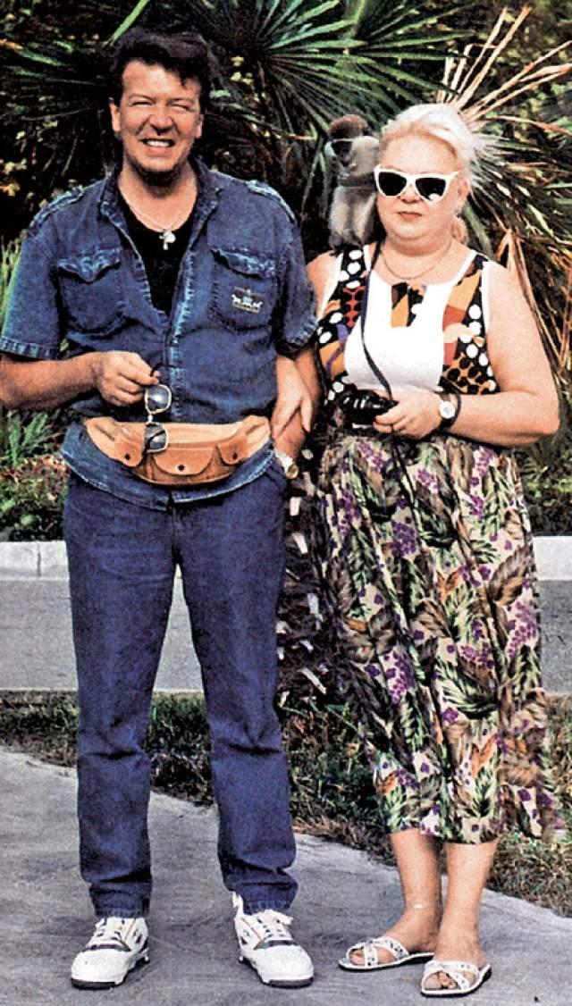Владимир и Елена Новиковы. Советский и российский актер был женат 15 раз, и 14 раз разведен с одной и той же женщиной. Всего пара была вместе 26 лет.