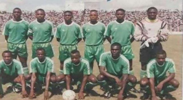 27 апреля 1993 года. Все члены сборной Замбии, летевшей на игру против сборной Сенегала в рамках отборочной кампании к чемпионату мира, разбились в авиакатастрофе.
