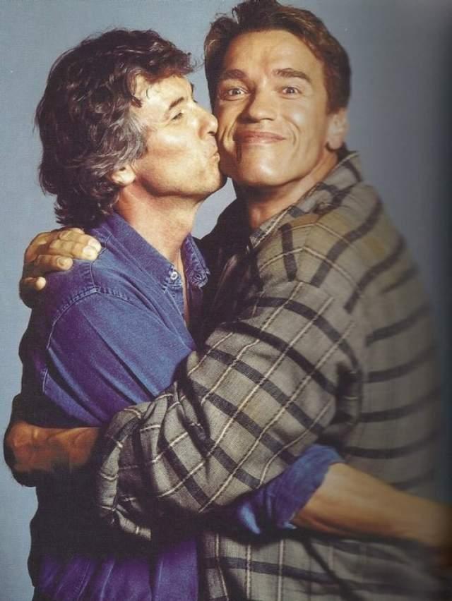 """Пол Верховен и Арнольд Шварценеггер во время съемок фильма """"Вспомнить все"""", 1989 год."""